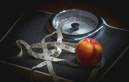 weight loss versus healthy living